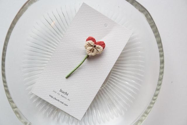 ito hana brooch ( �ӥ��顿pink)