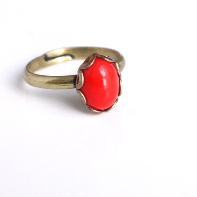 9〜3月販売◆赤いレトロなヴィンテージガラスのピンキーリング