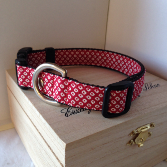 中型犬用 首輪 和柄 赤い鹿の子模様