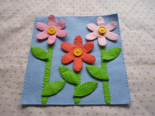 ボタンとスナップボタンのお花畑
