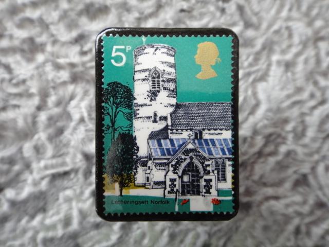 イギリス 切手ブローチ677