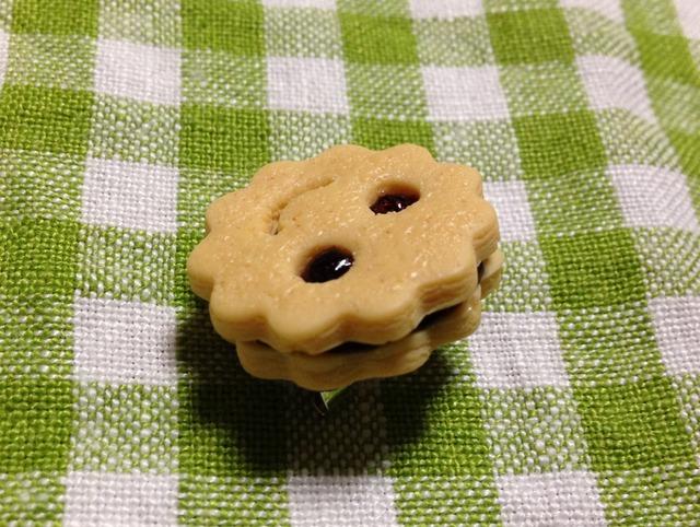 スマイルクッキーのブローチ