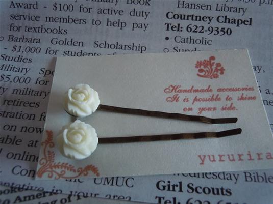 白バラのヘアピン2本組み