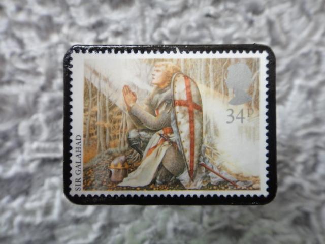 イギリス アーサー王物語切手ブローチ693