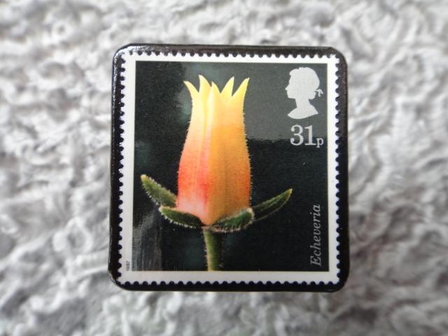 イギリス 切手ブローチ699