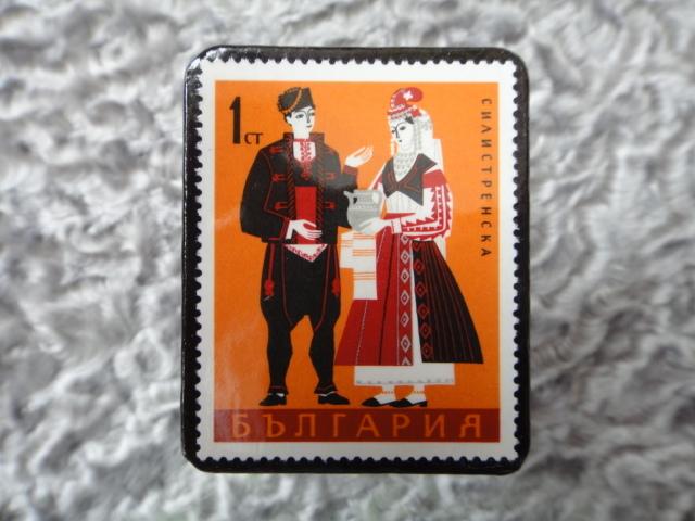 民族衣装切手ブローチ700