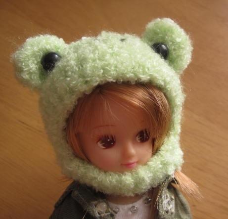 【再販☆画像はサンプルです】お人形さん用お帽子(まさかのふわふわカエルちゃん!?カブリモノ)♪【もふもふキミドリ】