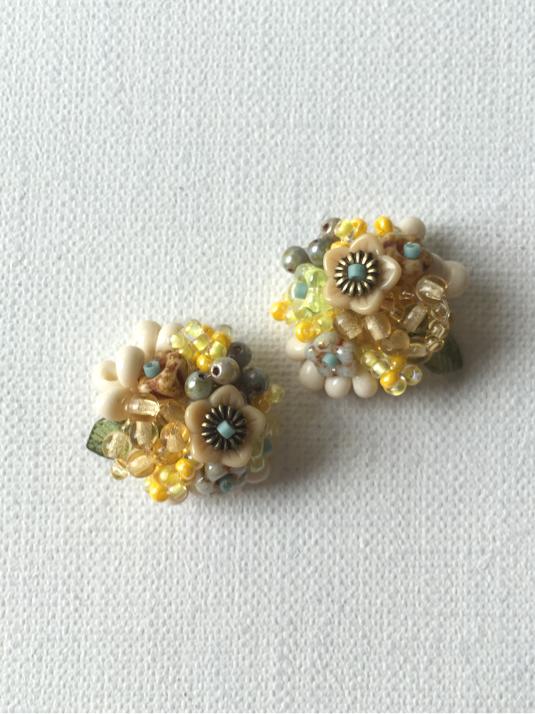 花と木の実イヤリング/nanohana