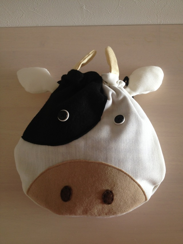 おまけぶち付き牛さんの巾着