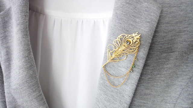 Peacock×chain Brooch
