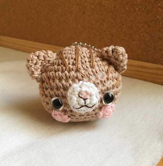 【受注生産】茶色模様入り猫さん(大)鈴付きイヤホンジャック
