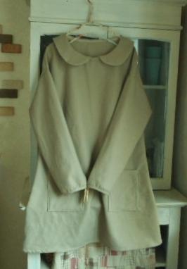 コットンウールの丸襟Aラインチュニックワンピース