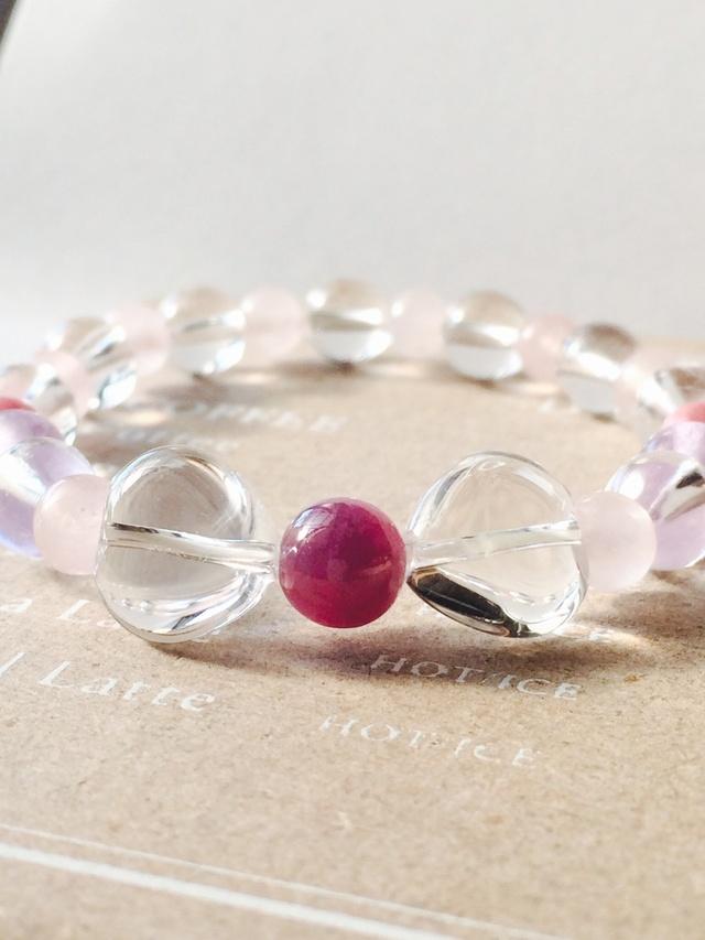 heart?ribbon*一粒ルビー&ハート水晶のブレスレット