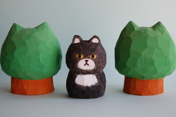 木彫り人形 こげ茶ネコ [MWF-146]