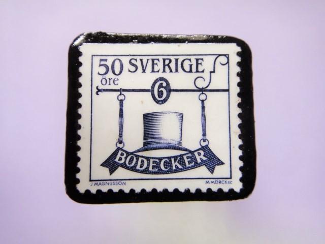 スウェーデン 看板切手ブローチ734