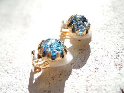 Sea Opal   ヴィンテージガラスのひと粒イヤリング