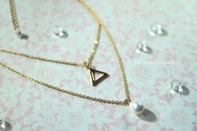 パールと三角の二連ネックレス