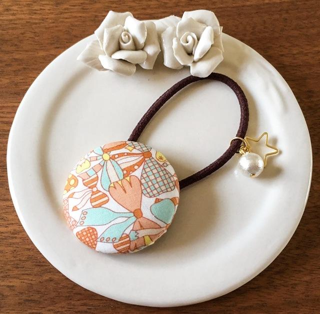 【再販】リバティ☆ Jenny's Ribbons くるみボタンヘアゴム アプリコット
