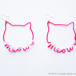 Arty Wire Pierced Earrings - meow meow PINK