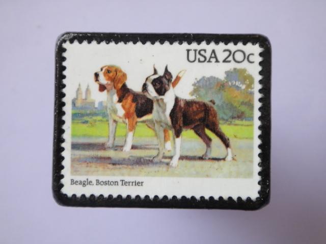 アメリカ 切手ブローチ752