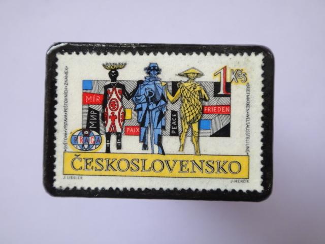チェコスロバキア 切手ブローチ755