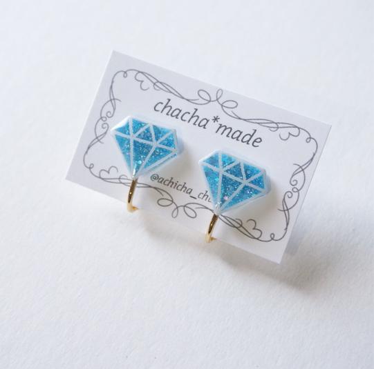 ブルーのダイヤモンド イヤリング