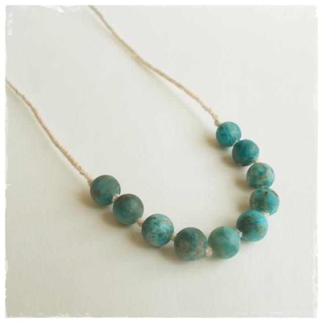 【金属フリー】Planet blue necklace