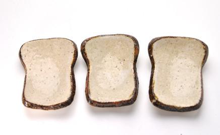 食パンのミニ皿2016