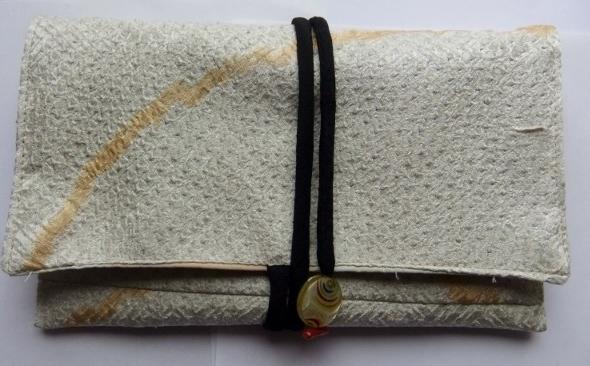 着物リメイク 正絹の絞りの羽織で作った和風財布 1055