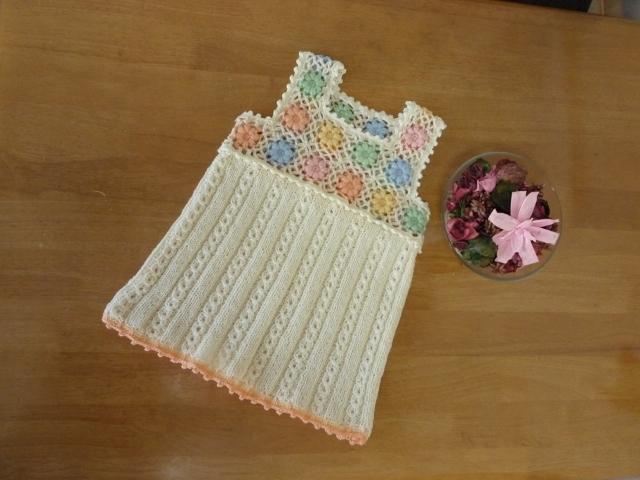 子供用手編みお花モチーフのチュニック