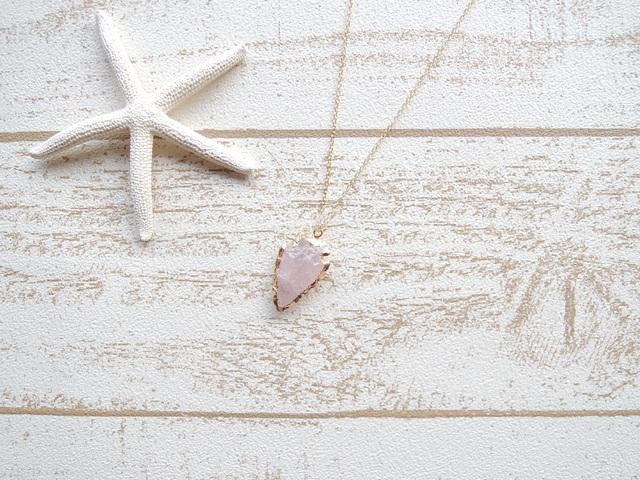 Rose quartz Arrow �ͥå��쥹