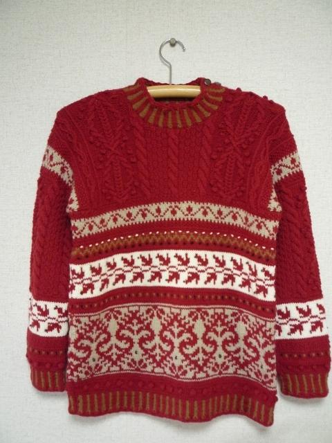 編込みとアランの赤いセーター