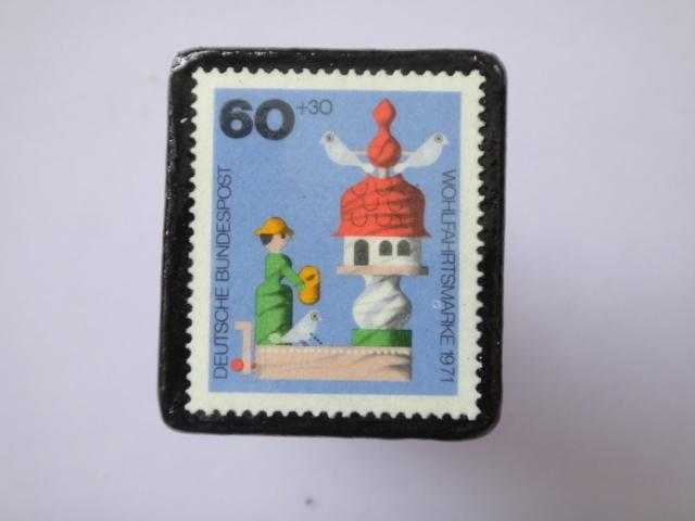 ドイツ 切手ブローチ775