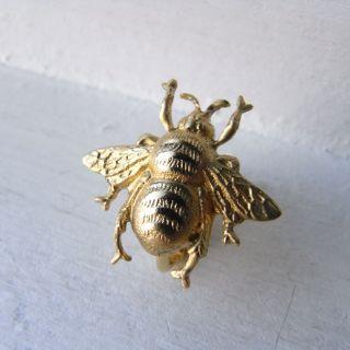 昆虫イヤリング「蜂」