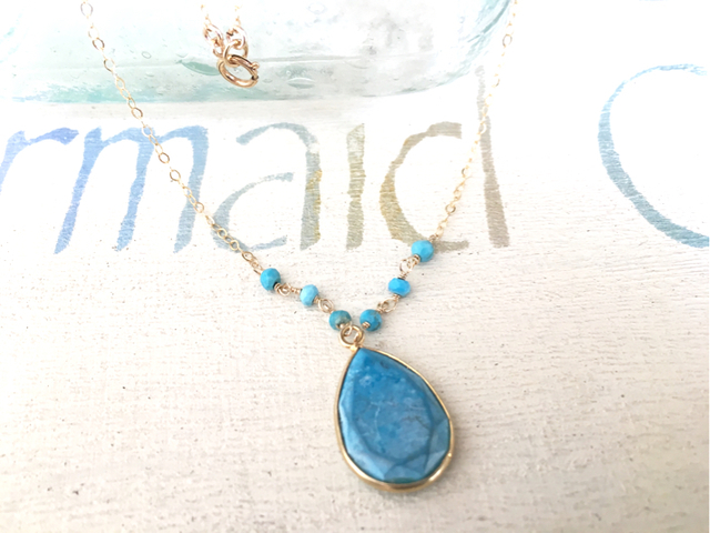 framed turquoise necklace  *14kgf*