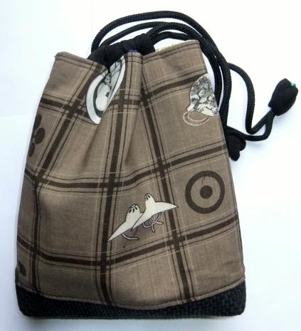 着物リメイク モスの襦袢と黒の羽織で作った信玄袋 1064
