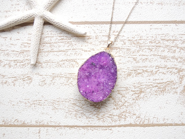 ☆SALE☆ Druzy Quartz Necklace Purple ?