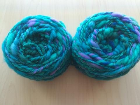 麻の繊維入り紡ぎ糸(青緑)