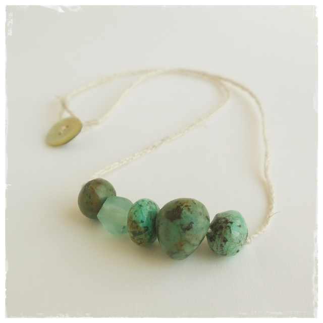 【金属フリー】Turquoise+glass beads necklace