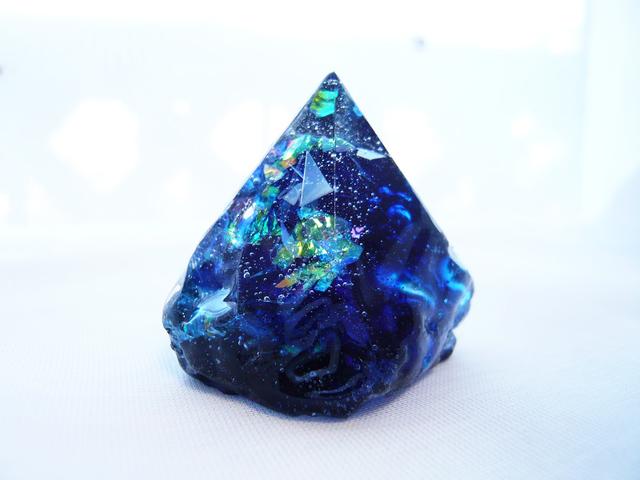 鉱石/深海ブルー