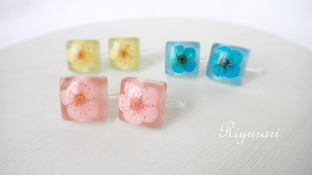 ガラスタイル〜Flower〜 ノンホールピアス
