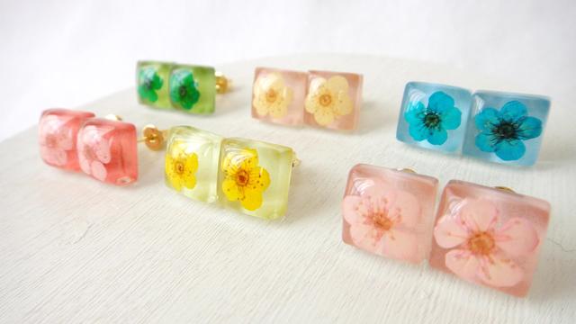 ガラスタイル〜Flower〜 ピアス