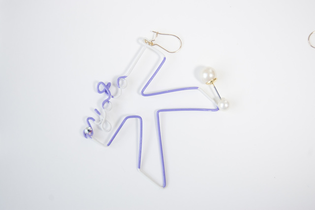 Arty Wire Pierced Earrings - K for KYOTO VIOLET