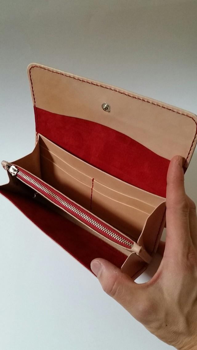 サドルレザーの長財布 赤糸仕様
