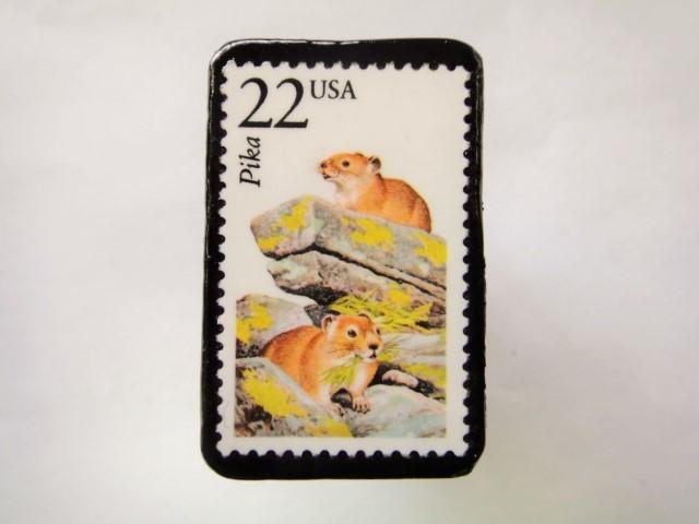 アメリカ 野生動物切手ブローチ 819