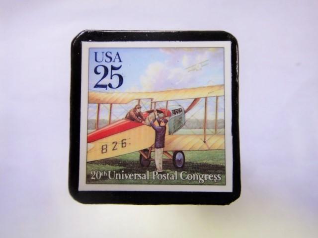 アメリカ 郵便輸送切手ブローチ 829