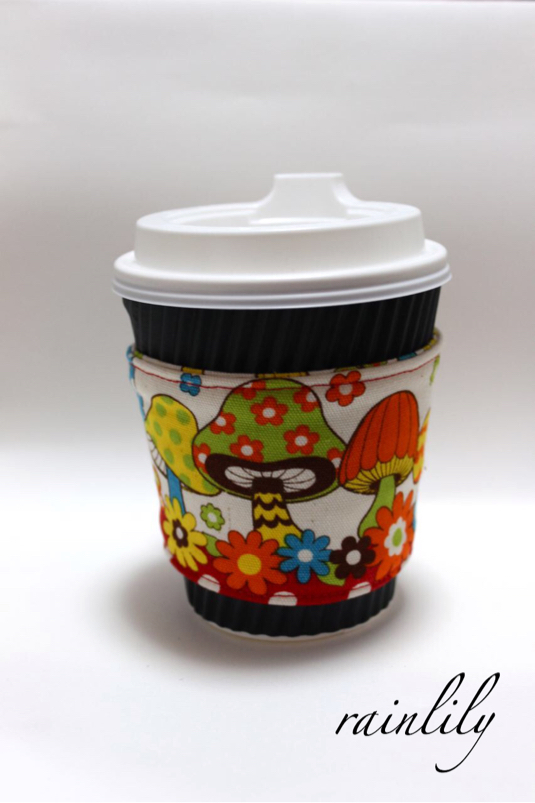 Cup sleeve -mushrooms-