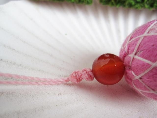 小さな小さな手まりの紐(カーネリアンAAA)
