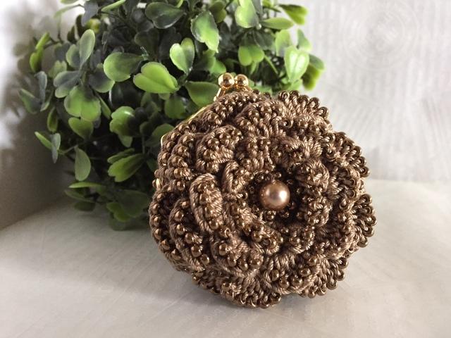♪お花のコインパース ビーズ編みで(ブロンズ)