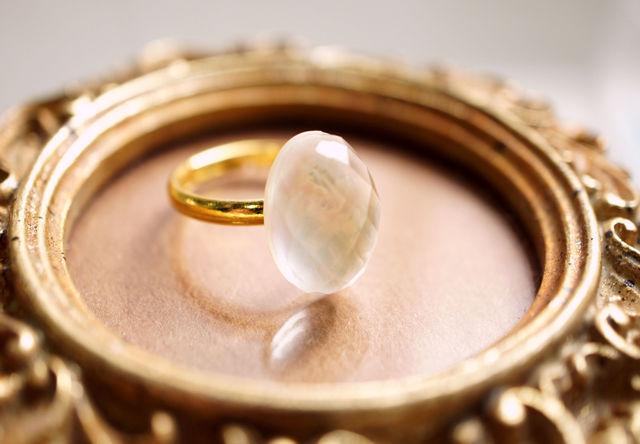再販】フリーサイズ★シェル&水晶のリング 〜Molly